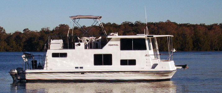 45ft houseboats for hire from Lake Macquarie Houseboats